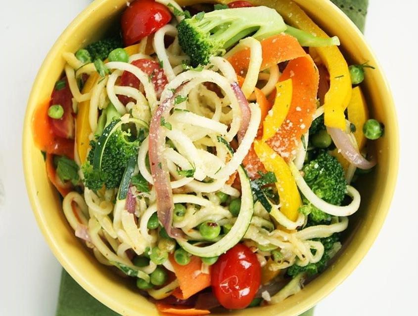 Üde zöldséges cukkini-tészta